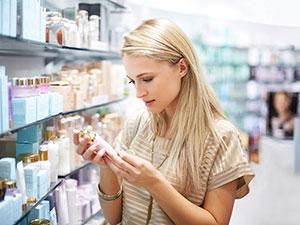 woman-bottle-store-mdn